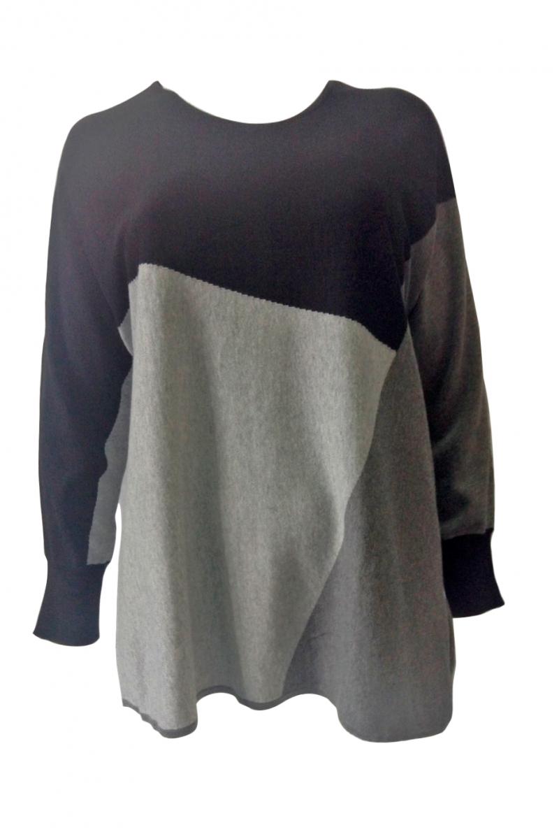 Пуловер трикотаж вязаный